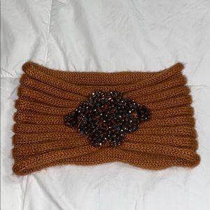 Knit headpiece